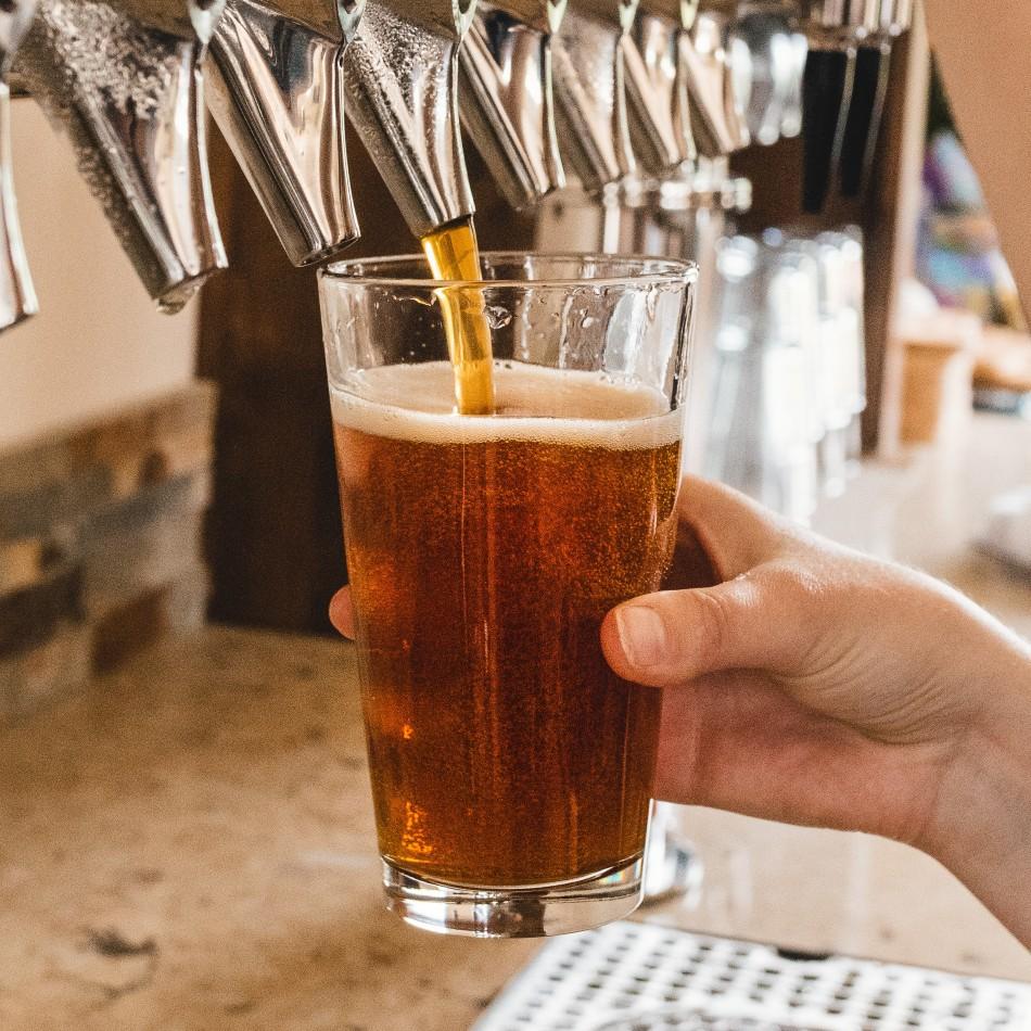 Forme de verre à bière : verre droit